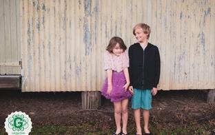 Kā atrunāt bērnu no bīstamiem eksperimentiem draugu kompānijā?