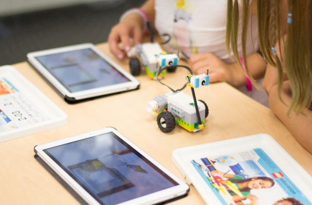 Lielākā robottehnikas skola Latvijā piedāvā nodarbības ar 25% atlaidi