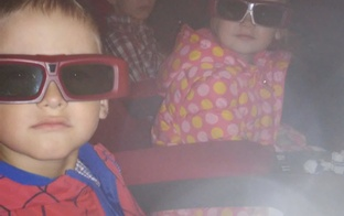 Izbaudījām 3D kino iekš Forum Cinemas ar Ģimenes kartes 3+ atlaidi! Gāja super!