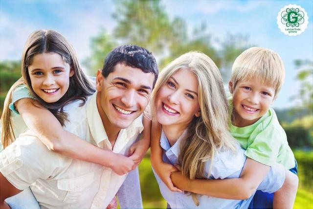 Ģimenes kopīgās vērtības - labākais līdzeklis pret laimes zagļiem