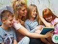 Iemesli, kādēļ nepieciešms bērniem lasīt priekšā pasakas