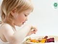 Kā barot 1–3 gadus vecu bērnu – mazēdāju?