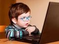 """Skolēnu brīvlaiks: Kā parūpēties, lai bērna vasara """"nepaiet"""" pie ekrāna"""