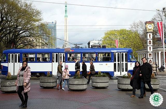 Rīgas sabiedrisko transportu 4.maijā varēs izmantot bez maksas