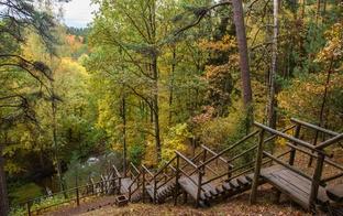 5 galamērķi Latvijā: rudenīgai fotosesijai un pastaigai dabā