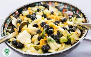 Salāti ar mellenēm, kukurūzu un avokado