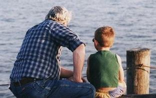 Stāstiet bērniem stāstus! Caur stāstiem bērnam ir viegli nodot pieredzi