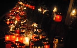 Lāčplēša dienā aizdegsim piemiņas sveci mājās!