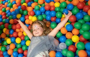 """Atrakciju parks """"Lidolande"""" un Annels bērnu izklaides centri atjauno piedāvājumu"""