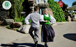 Trīs latviešu tautas dejas, kas jāzina pirms Dziesmu un Deju svētkiem
