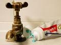 Bērnu un pusaudžu zobu veselība uzlabojas