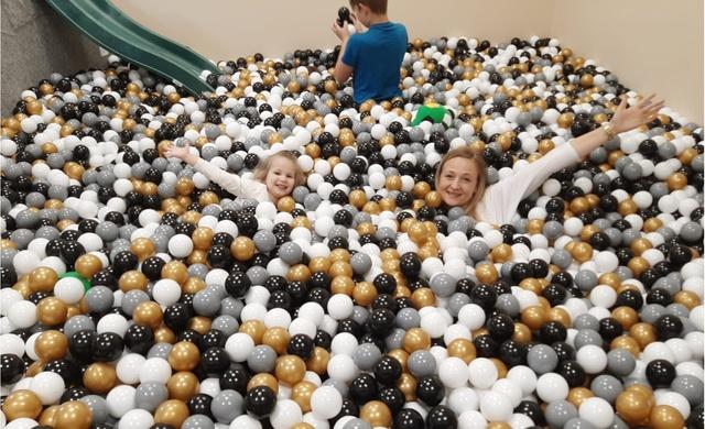 Lecam bumbās - bērnu ballīšu istaba Baldonē pievienojas programmai