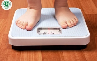 Kā noteikt, vai bērnam ir liekais svars, un kā ar to cīnīties