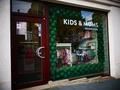 KIDS & MOMS apģērbu veikaliņā preces ar 3+ karti lētāk!