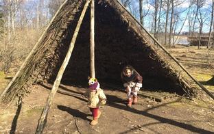 Brīvdienās iepazīsti seno latviešu būves! Trīs senatnīgas guļbaļķu pilis Latvijā