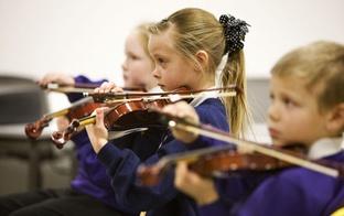Vai daudzbērnu ģimenē var izaudzināt talantīgus bērnus?