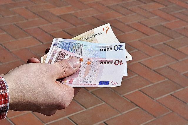 Jūlijā stājas spēkā izmaiņas Uzturlīdzekļu garantiju fonda likumā