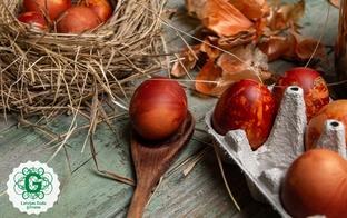 Kā ar dabas materiāliem nokrāsot košas Lieldienu olas