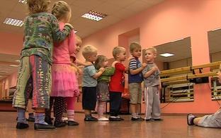 VIDEO: kur meklēt pulciņus daudzbērnu ģimenēm?